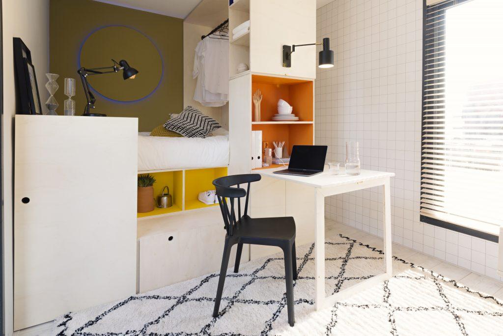 Idee voor je tiny house inrichting: handige kastmuur